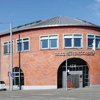"""<img src=""""/wp-content/uploads/2019/09/Stadtsiedlung_Icon_Pressebericht_Zeitung_PDF.svg"""" />  <p>IFH – Standort für die neue Programmierschule 42</p>"""
